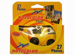 ' Novocolor Flash egyszer használatos fényképezõgép